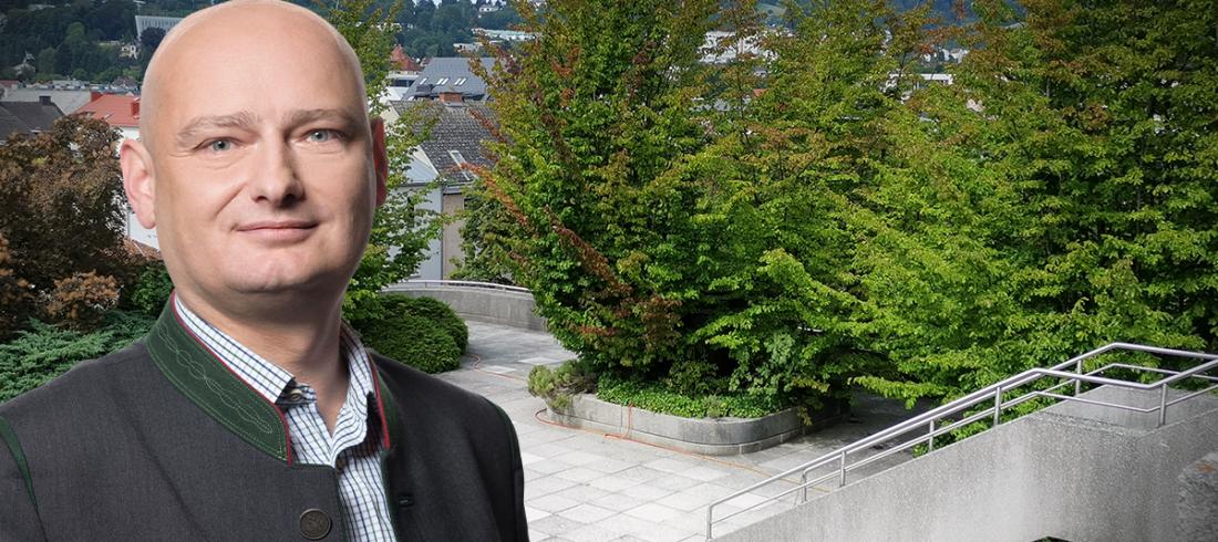Linzer Rathaus-Dachpark gegen die Magistrat-Hitzeinsel